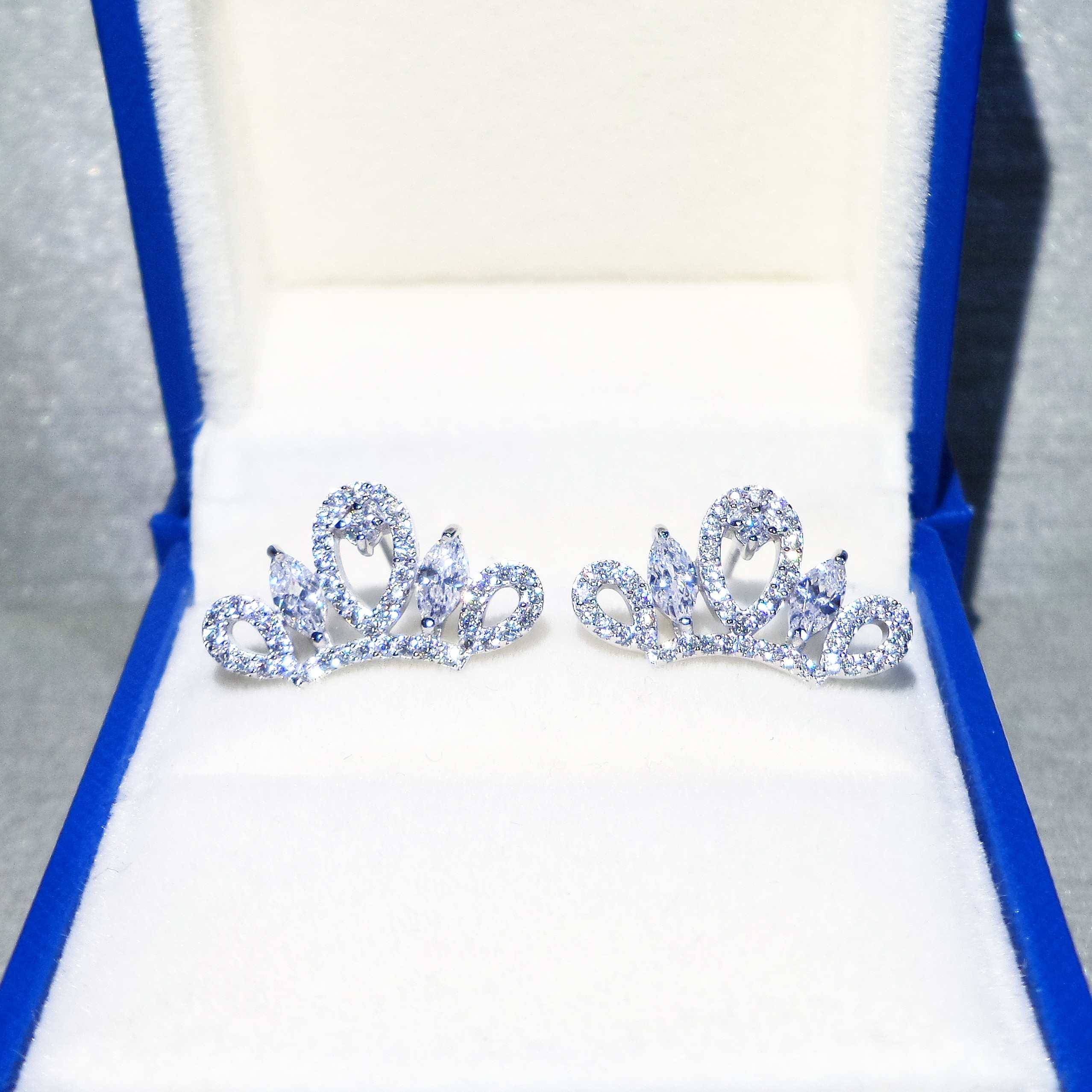 Silver Crown Earring - AS17002