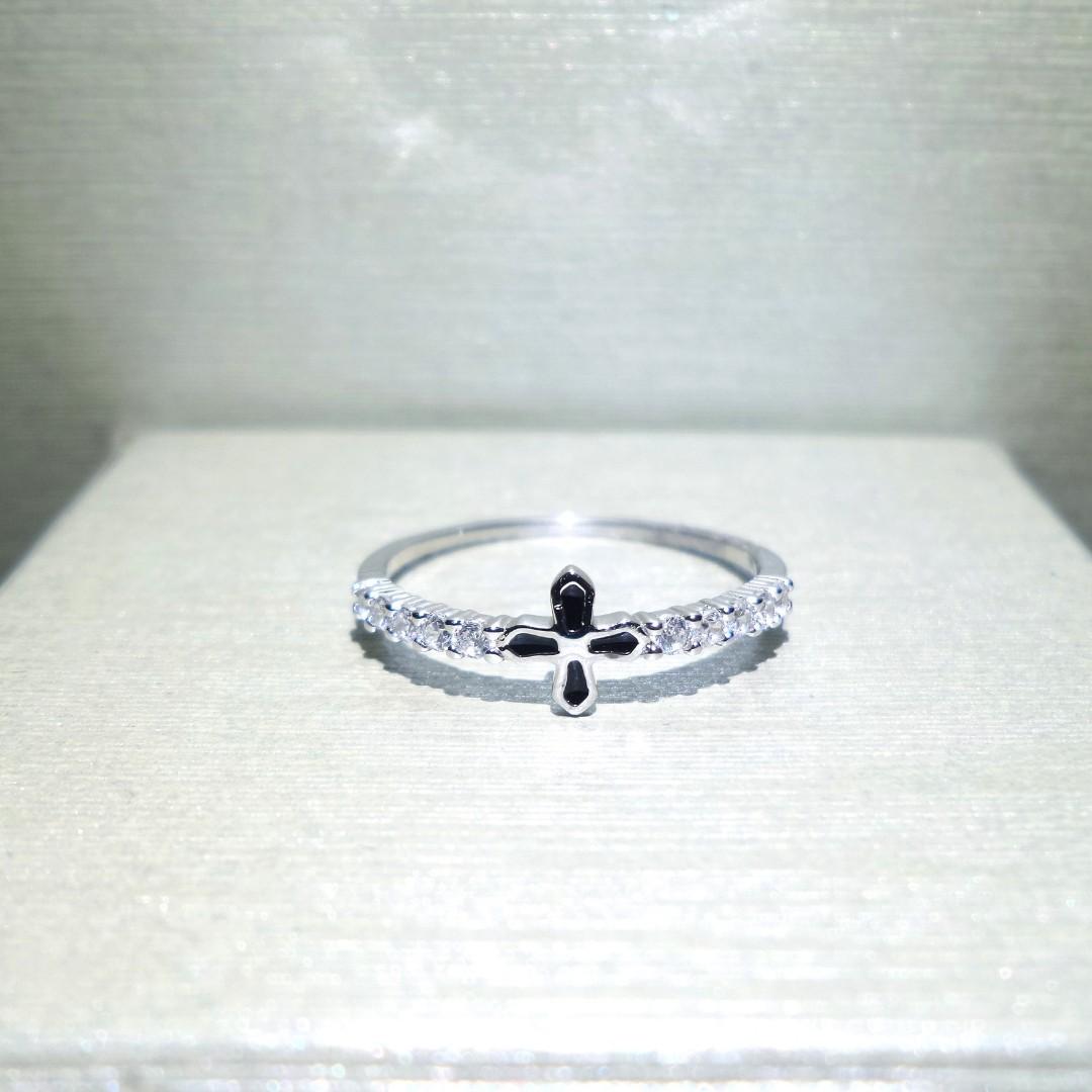 Black Cross Ring